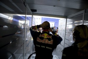 Vettel goes to meet the press
