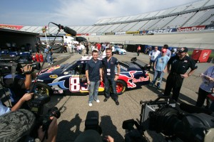 Formula One Driver, David Coulthard meets Team Red Bulls, Brian Vickers