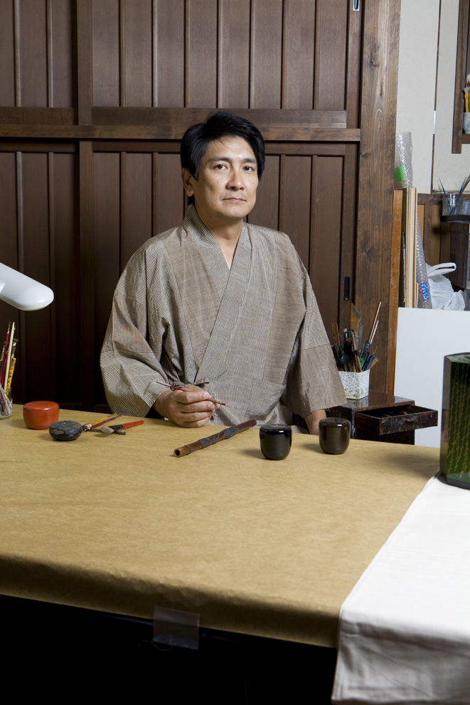 Mr Ikeda (Taka-Mori-e) 7th generation of Takumi of Japanese lacquer hand craft