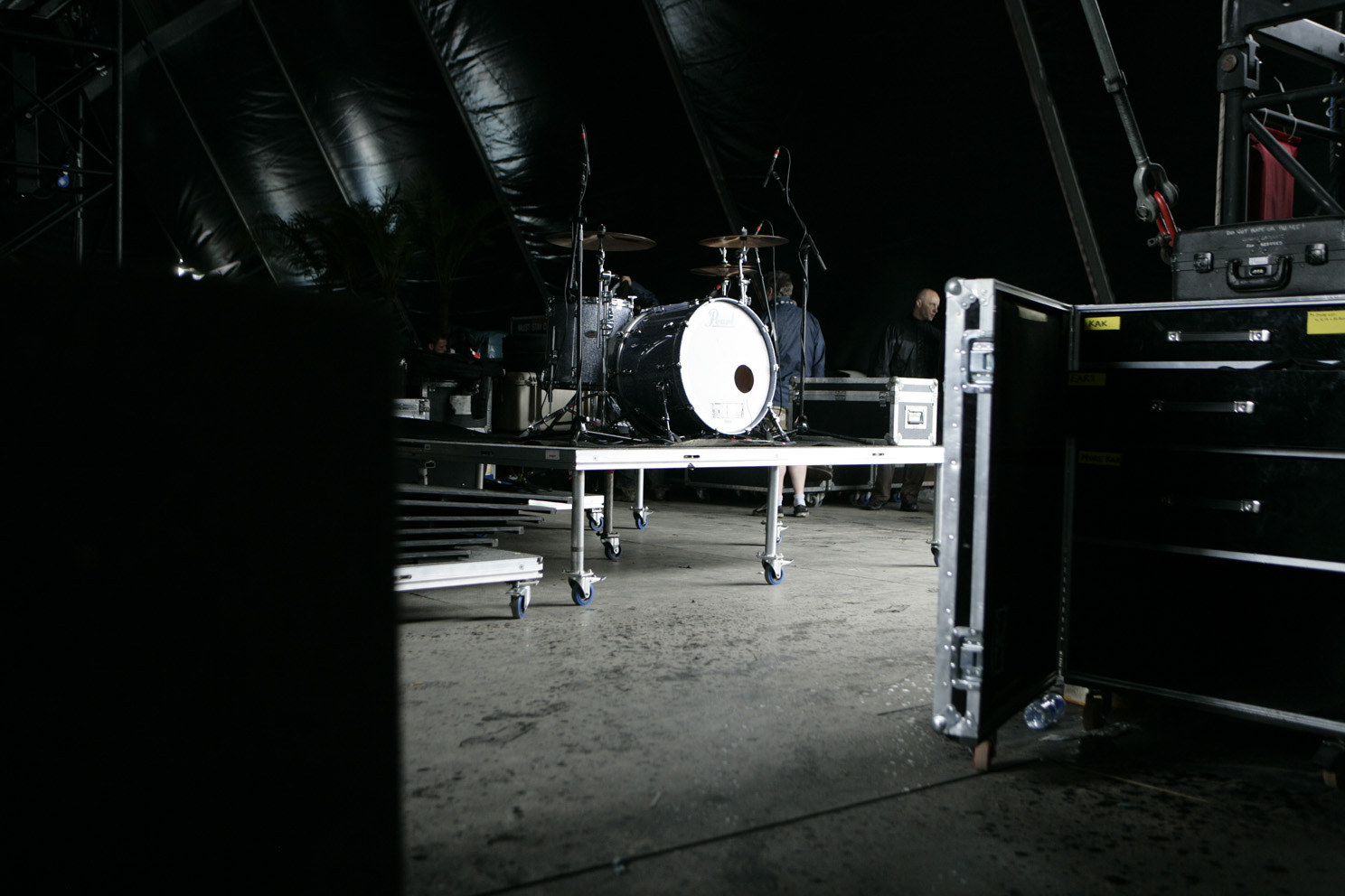 Behind the scences of the main stage