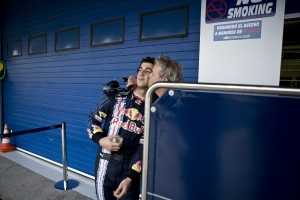 Joe Ricciardo gives his son Daniel a proud kiss