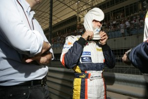 Renault F1 driver, Heikki Kovalainen dresses for action